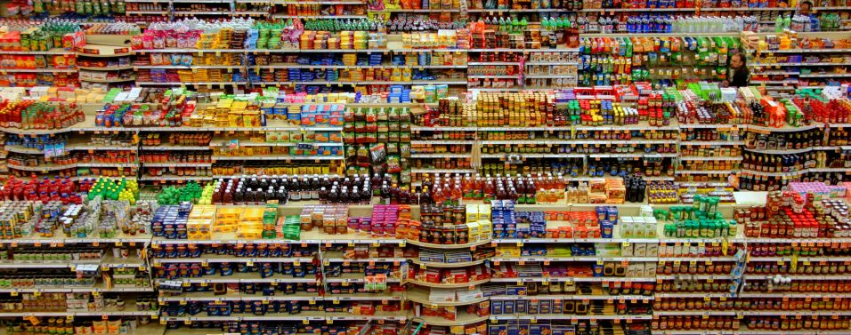 Sustainability at supermarkets: Reflections on the accumulation of food stock